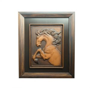 caballo en relieve.